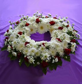 Red & White sympathy round wreath