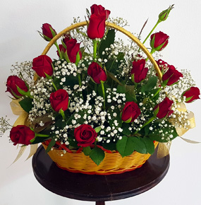 30 Red Roses in a Basket