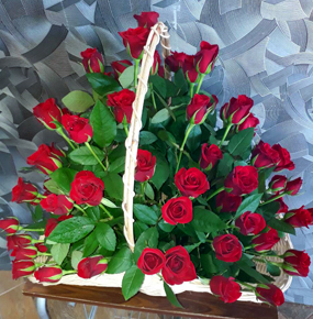 75 Red Roses in a Basket